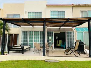 Casa Playa del Sol -Albercas & Acceso a Playa