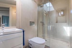 Bathroom sa Sa caseta Farinera
