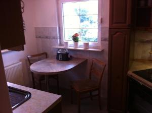 A kitchen or kitchenette at Haus Marksburg