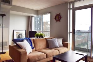 Modern High rise 1 Bedroom in Downtown Toronto