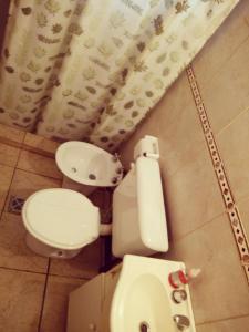 A bathroom at Monte Negro