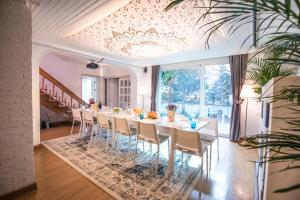 SG-7 Free services with cozy home
