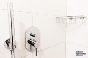 A bathroom at Gabriel´s Apartments