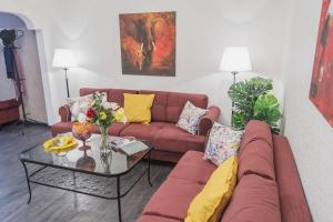 A seating area at GMApartments Bryusov lane Red Square