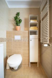 A bathroom at Green Apartman Budapest