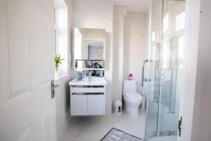 Koupelna v ubytování Amazing London
