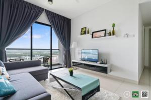Kitolo Home @ Raffles Suites 02, Sutera Utama JB简约时尚三房款