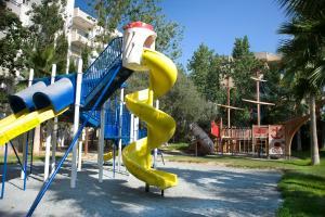 Детская игровая зона в Atlantica Gardens