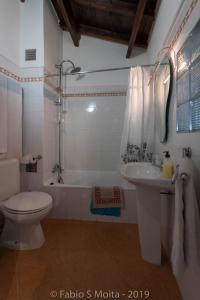 A bathroom at Bella 's House 3