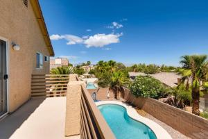 A view of the pool at COMFORT HOMES LV or nearby