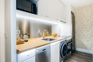 Küche/Küchenzeile in der Unterkunft San Bernardo Apartment II - 1 BR 1BT