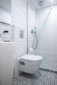 A bathroom at Dreamyflat - Archives