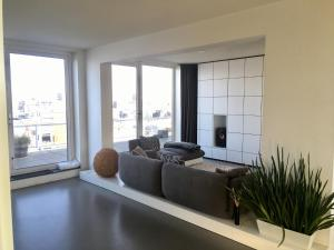 A seating area at Amsterdam Qual Penthouse Loft