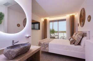A seating area at Villa Rainbow Home Mallorca