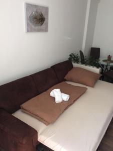 Кровать или кровати в номере Lucy ´s apartment