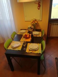 Restaurant ou autre lieu de restauration dans l'établissement Residence I Platani