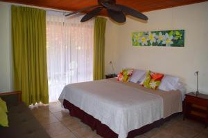 A bed or beds in a room at Marae - Cabañas Premium