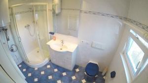 A bathroom at Ferienhaus SeeWaldMeer - [#115326]