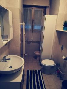 A bathroom at Residence Vigliani