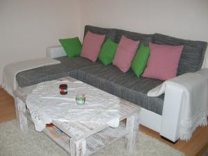 A seating area at Ferienwohnung Hannah