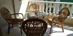 Comfortable apartment 600m from the beach