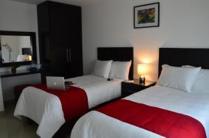 Clamont Suites