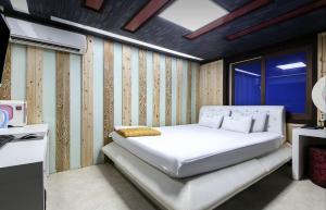 Yangsan 24hour hotel