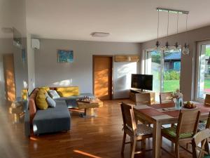 Area soggiorno di Apartments Apple Garden-1
