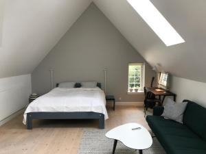 Large luxury room in Danish design close to center
