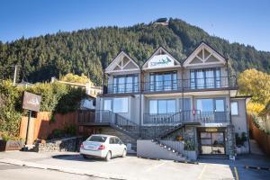 Lomond Lodge Motel & Apartments