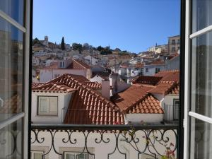 A balcony or terrace at Alfama Tejo charming apartment