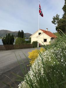 Skogstad Holiday Home