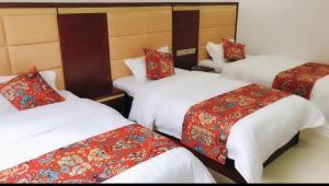 Lingfeng Hotel