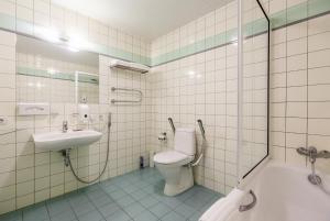 Ένα μπάνιο στο eLoftHotel
