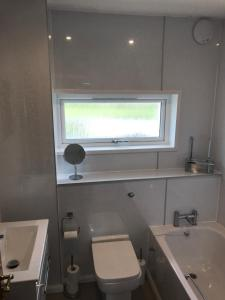A bathroom at Self Catering Accommodation, Isle of Benbecula