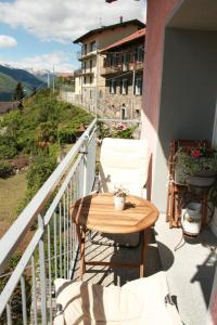 A balcony or terrace at Vista Lago