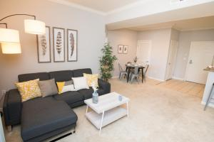 A seating area at West Hollywood Deluxe Suites | 2BR&2BT | Pool | Free Parking