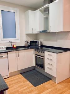 A kitchen or kitchenette at MDGaudisquare