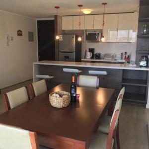 A kitchen or kitchenette at Kennedy Premium Apartments