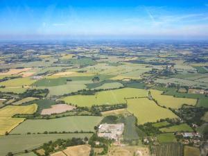 A bird's-eye view of Hut 2-UK11304