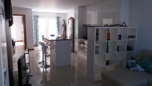 A bathroom at Appartement Espinho