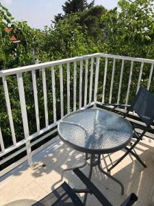 A balcony or terrace at Droushia Heights Apartments