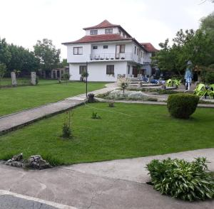Hotels Camp Bondsteel