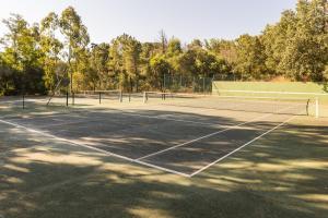Tennis ou squash au sein de l'appart'hôtel ou à proximité