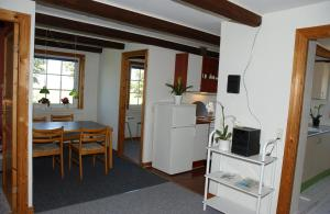A kitchen or kitchenette at Lille hesseløje