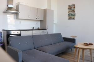 A kitchen or kitchenette at Jordans Residence