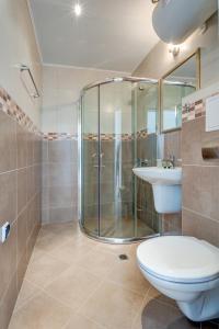 A bathroom at Aparthotel Dawn Park