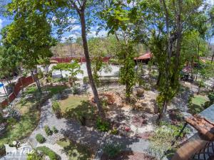 Jardín al aire libre en Casas del Toro Playa Flamingo