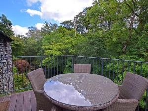 A balcony or terrace at Holiday Home Langdale Forge