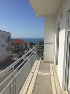 A balcony or terrace at Rua professora Virgilia Bloco A Porta n 2 1 Esq
